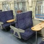 山田線テーブル付き車両