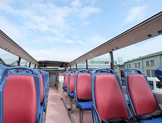 京急オープントップバス2階席