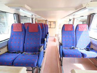 京急オープントップバス1階席