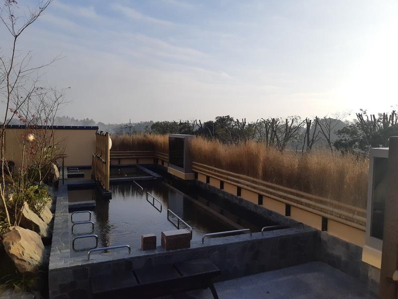 成田空港空の湯露天風呂
