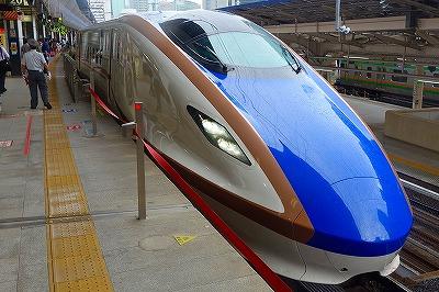 E7系東京駅