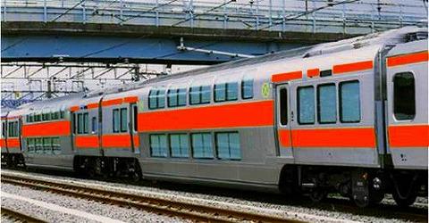 中央線グリーン車イメージ