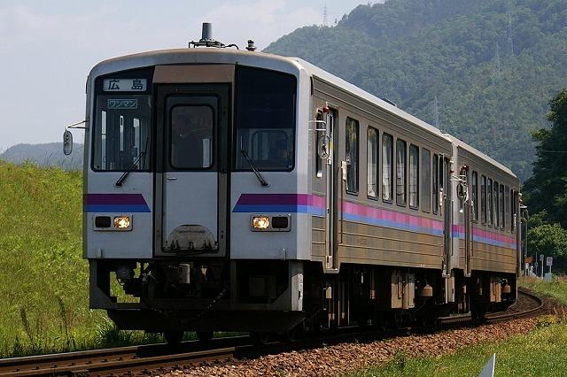 キハ120芸備線
