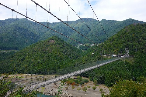 八木新宮線谷瀬のつり橋